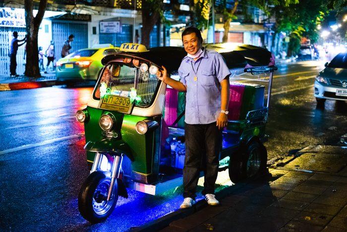 A night tour of Bangkok's food spots on a tuk tuk with Bangkok Food Tours | Mondomulia
