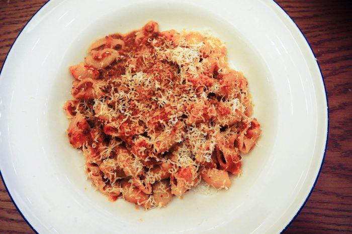 Maccheroni pasta alla Bolognese | Chucs Dover street is a cosy spot for an Italian brunch in Mayfair, London | Mondomulia
