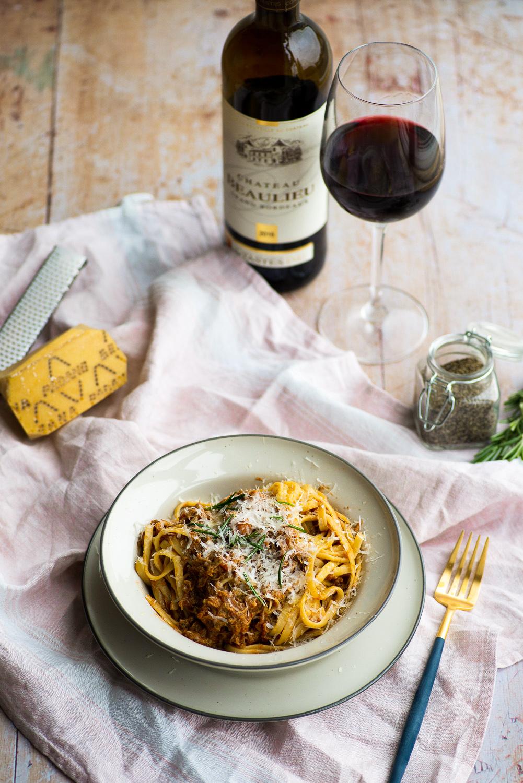 Linguine with slow cooked chicken sauce | Mondomulia