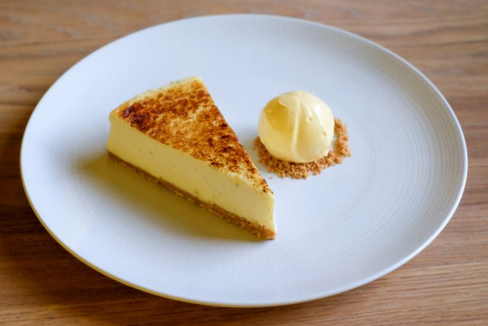 Baked vanilla cheesecake with pumpkin ice cream | Brunch at St Pancras Brasserie by Searcys on the Grand Terrace at St Pancras International railway station in London | Photography by Mondomulia