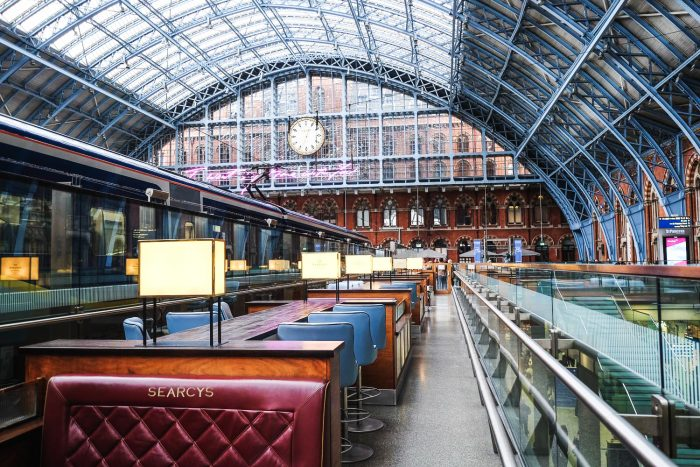 Champagne Bar by Searcys on the Grand Terrace at St Pancras International railway station in London | Photography by Mondomulia