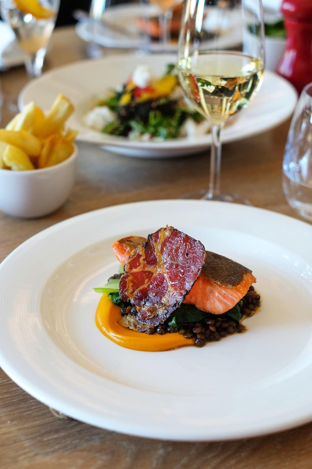 Lunch at The Scarlet Hotel in Mawgan Porth, Cornwall | A 5-Day Guide to Beautiful Cornwall by Mondomulia