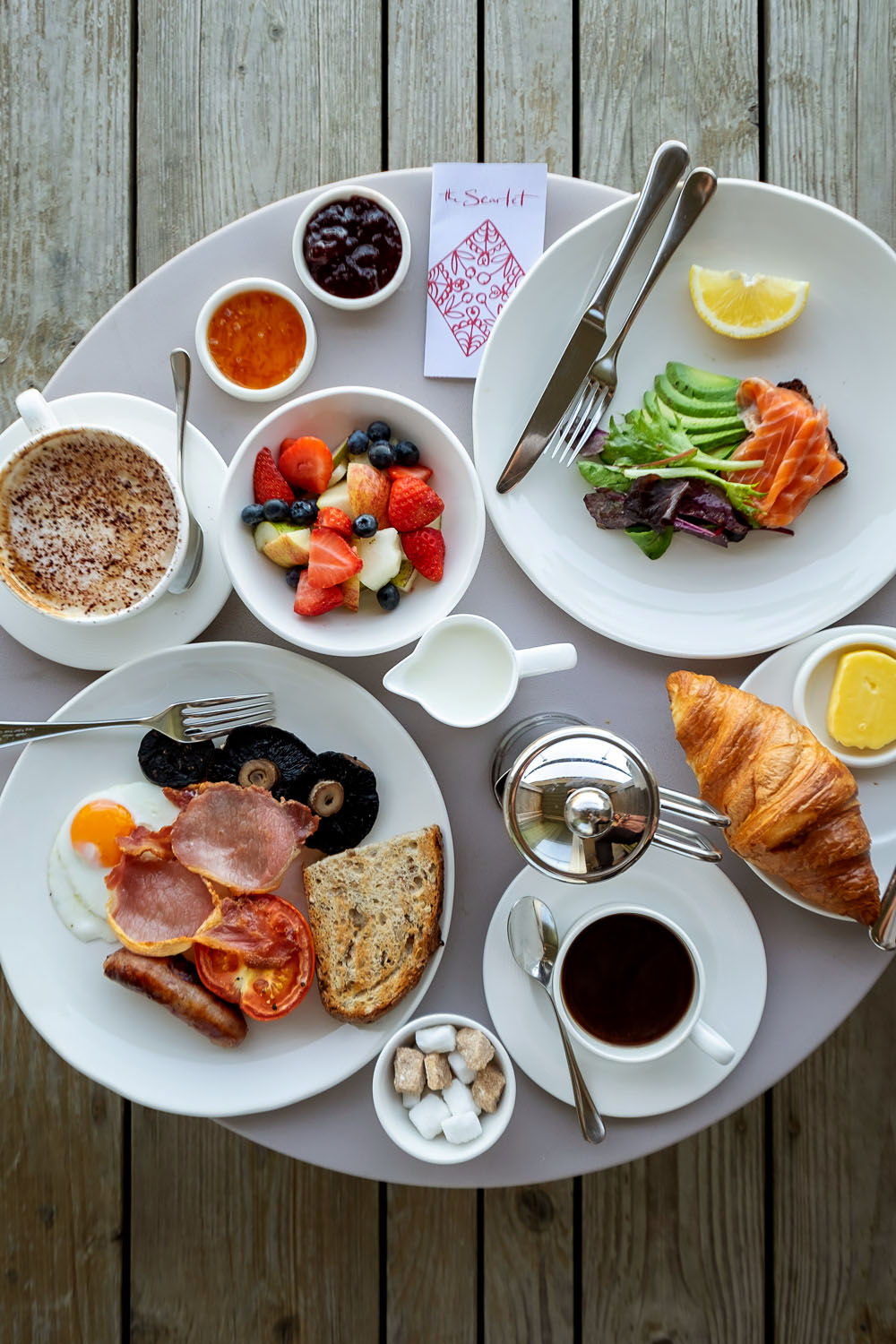 Breakfast at The Scarlet Hotel | A 5-day guide to beautiful Cornwall by Mondomulia