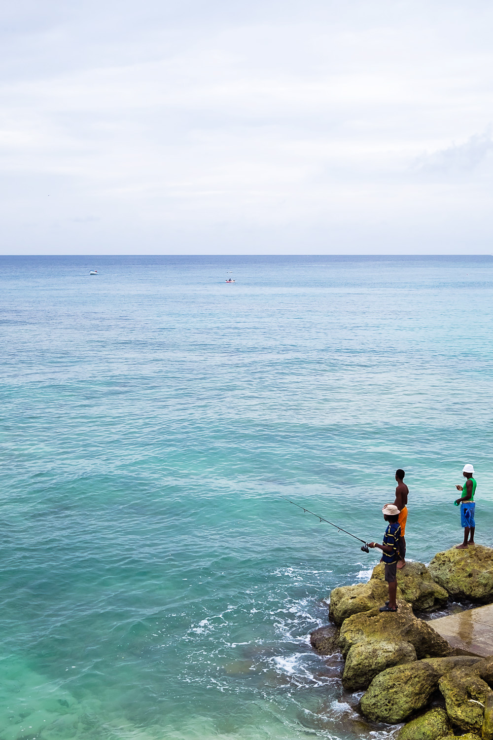 Fishermen at Paynes Bay | A 5-Day Itinerary of What to See and Eat around Barbados