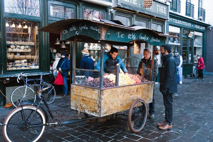 Cuberdon street seller | How To Spend a Long Weekend in Ghent, Belgium | Mondomulia