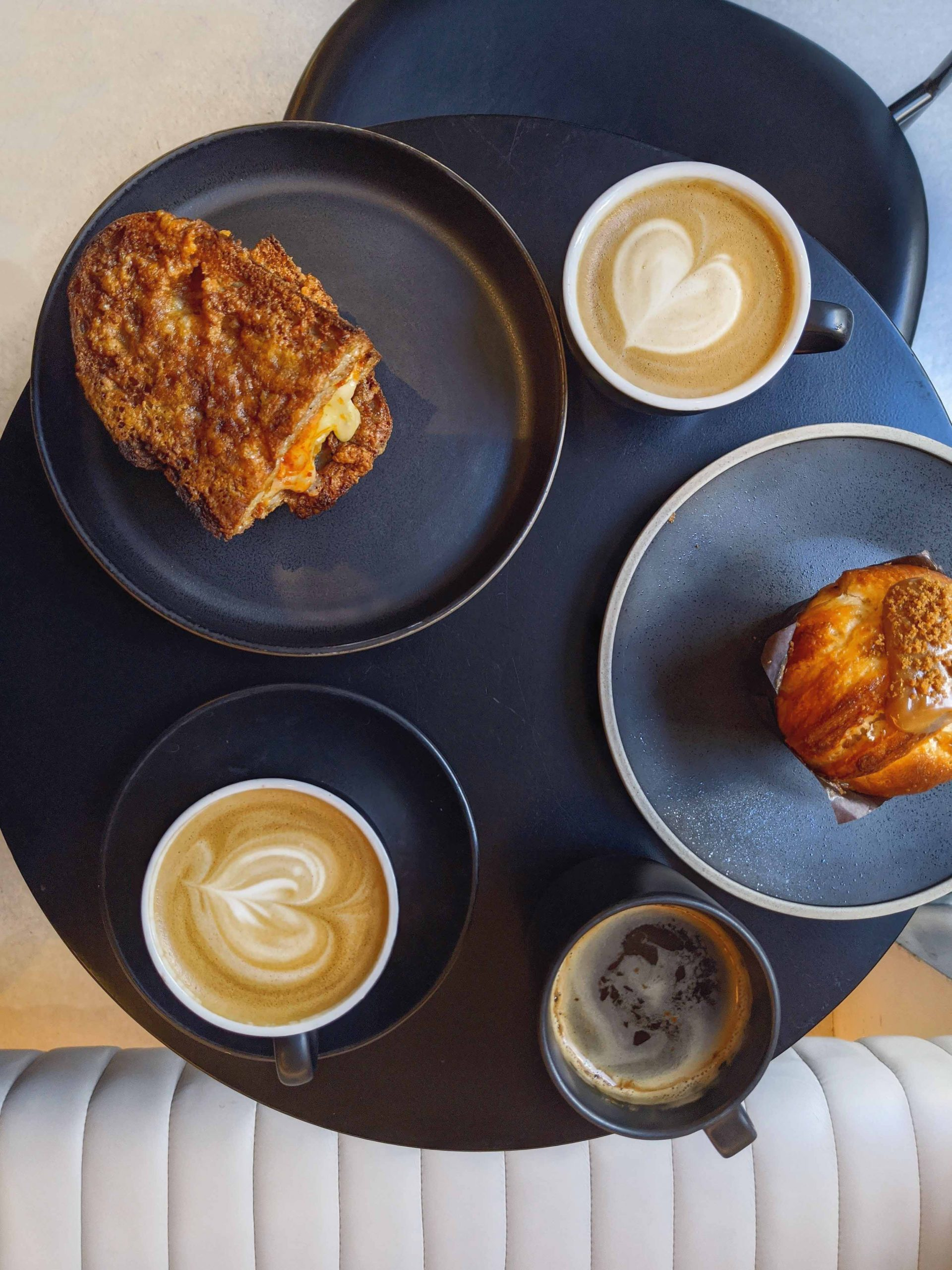 Jolt Coffee in London Fitzrovia | A Guide to the Best London Cafés to work from by Mondomulia