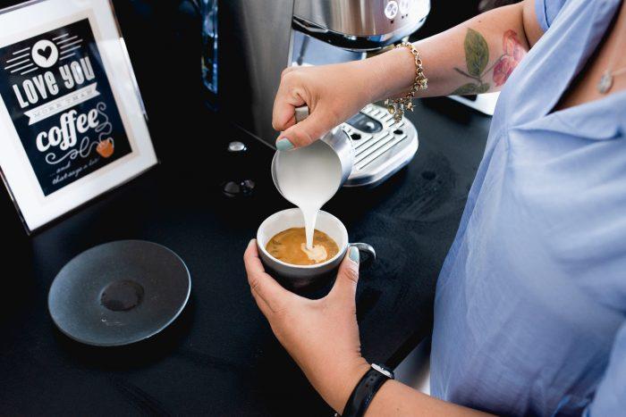 Sage appliances Bambino Plus espresso machine   How to make the perfect cappuccino at home   Mondomulia