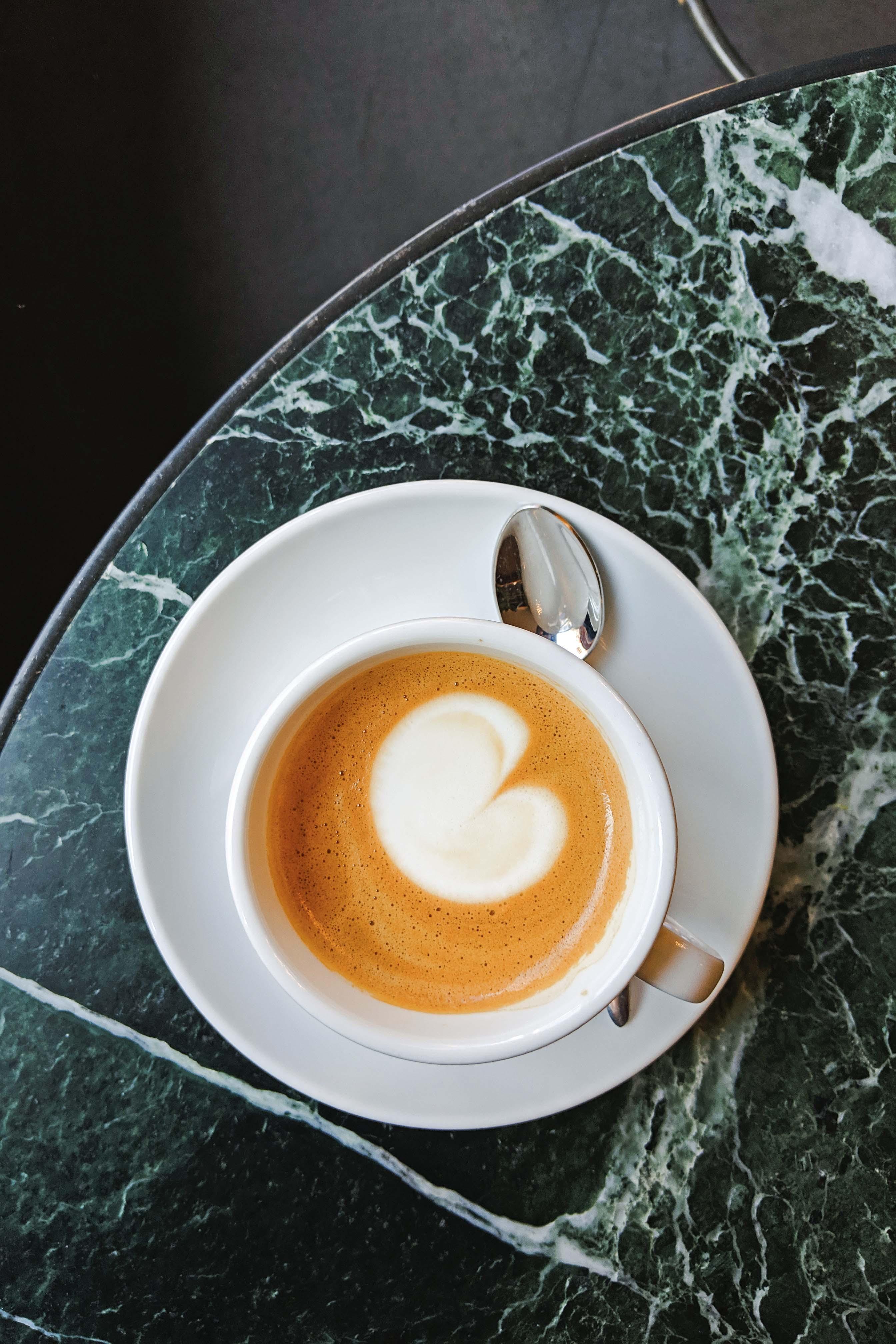 Cortado a Workshop Coffee, The Pilgrim Hotel, London
