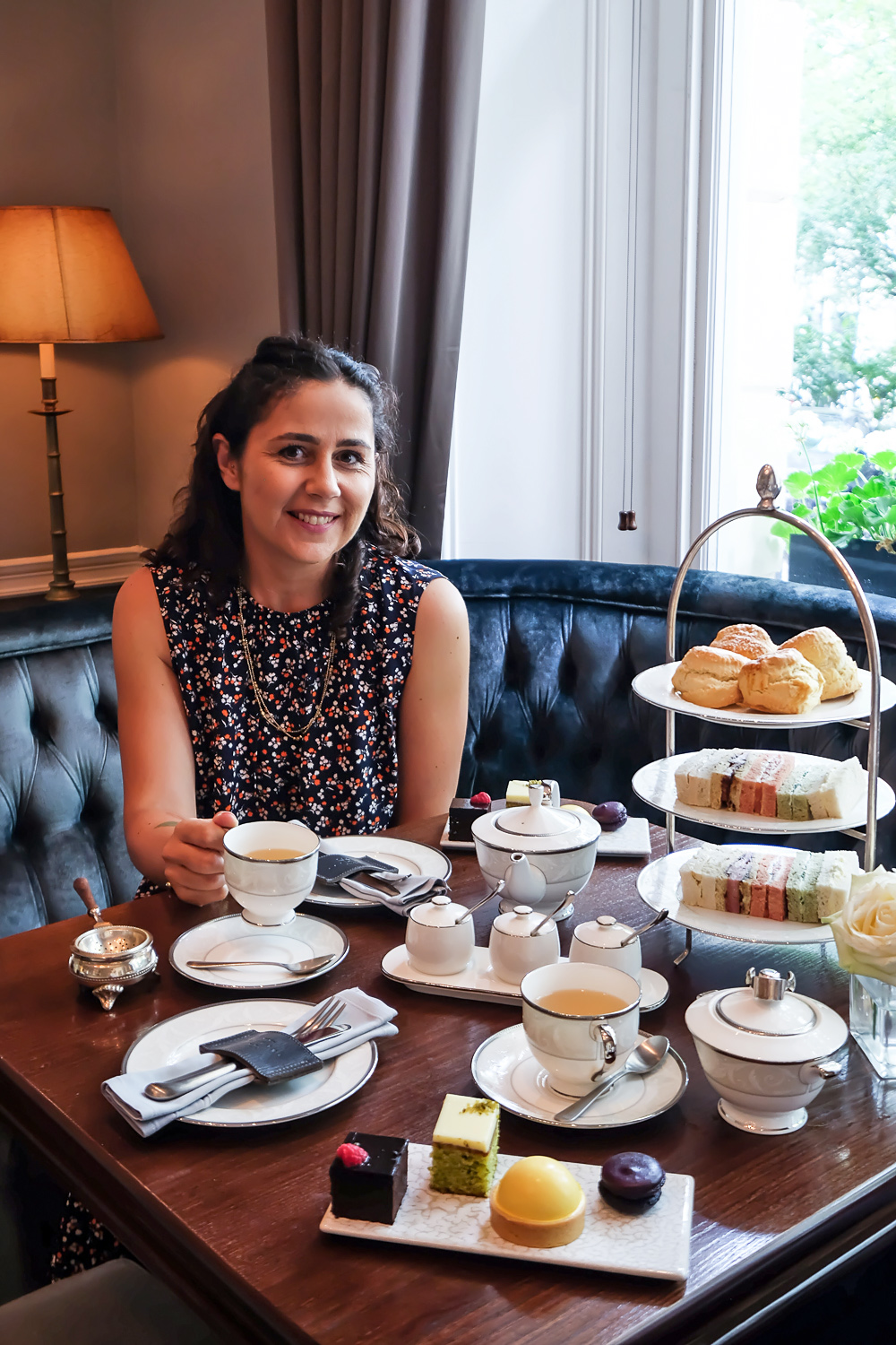 Afternoon tea at The Hyde Bar at Roseate House London, a luxury boutique hotel with 48 rooms and suites across three connecting Grade-II townhouses in Westbourne Terrace | Mondomulia