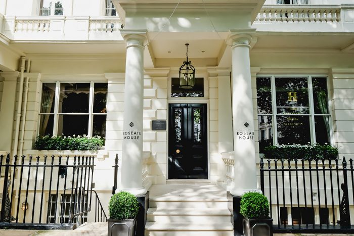My Stay and Afternoon Tea at Roseate House London, a luxury boutique hotel with 48 rooms and suites across three connecting Grade-II townhouses in Westbourne Terrace | Mondomulia