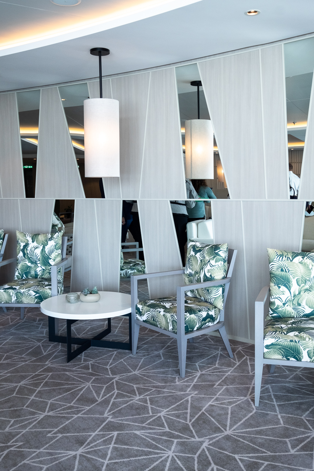 The Retreat Lounge | Travel: 12 reasons to choose Celebrity Edge for your next cruise | Mondomulia