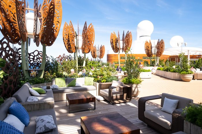 The Rooftop Garden | Travel: 12 reasons to choose Celebrity Edge for your next cruise | Mondomulia