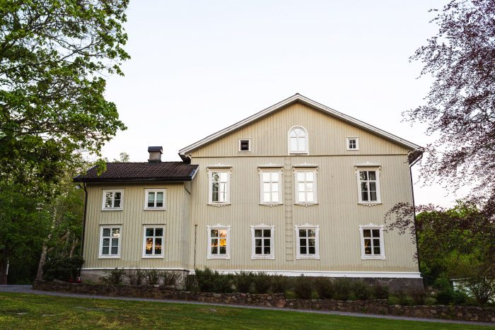 Krokstad Herrgard manor house, a hotel and fine dining restaurant in the heart of Varmland, west Sweden #mondomulia