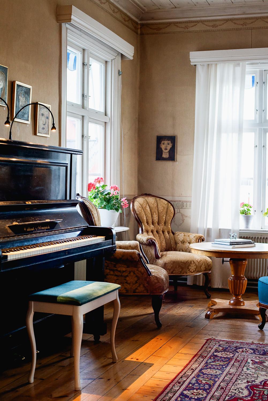 Ulvsby Herrgård, a stunning manor house with hotel and restaurant in Varmland, Sweden | Mondomulia