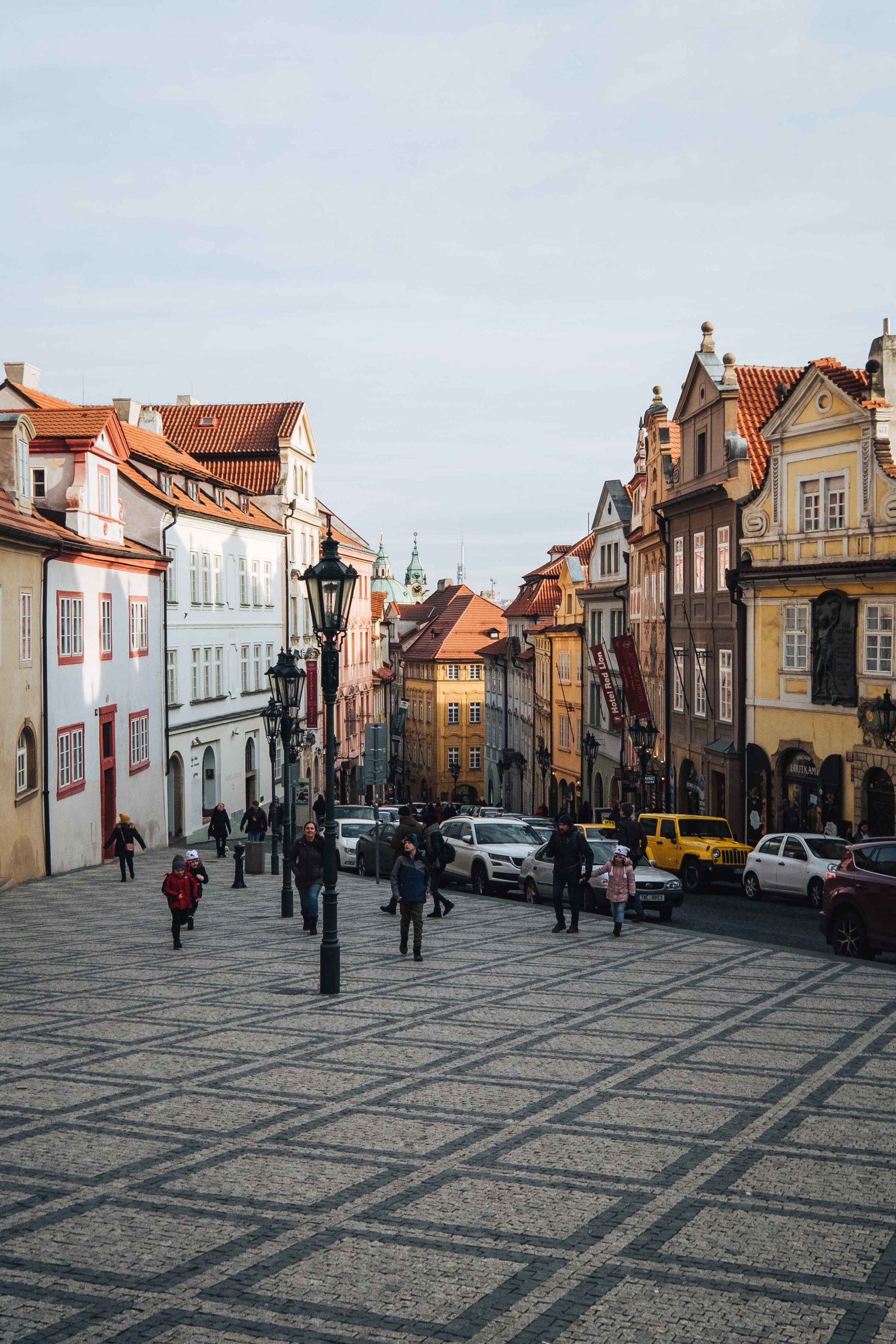 Malá Strana (the Lesser Town) is a hillside neighbourhood of Prague with views across the Vltava river to the old town | Mondomulia
