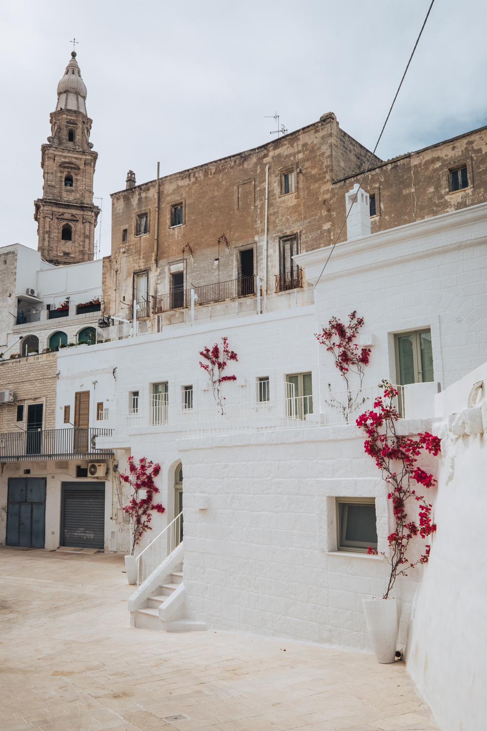 Wandering through the old town of Monopoli | A 7-day Road Trip Through Puglia and Matera | Mondomulia
