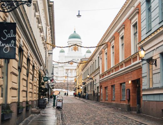 The streets of Torikorttelit leading to Senate Square and Helsinki Cathedral