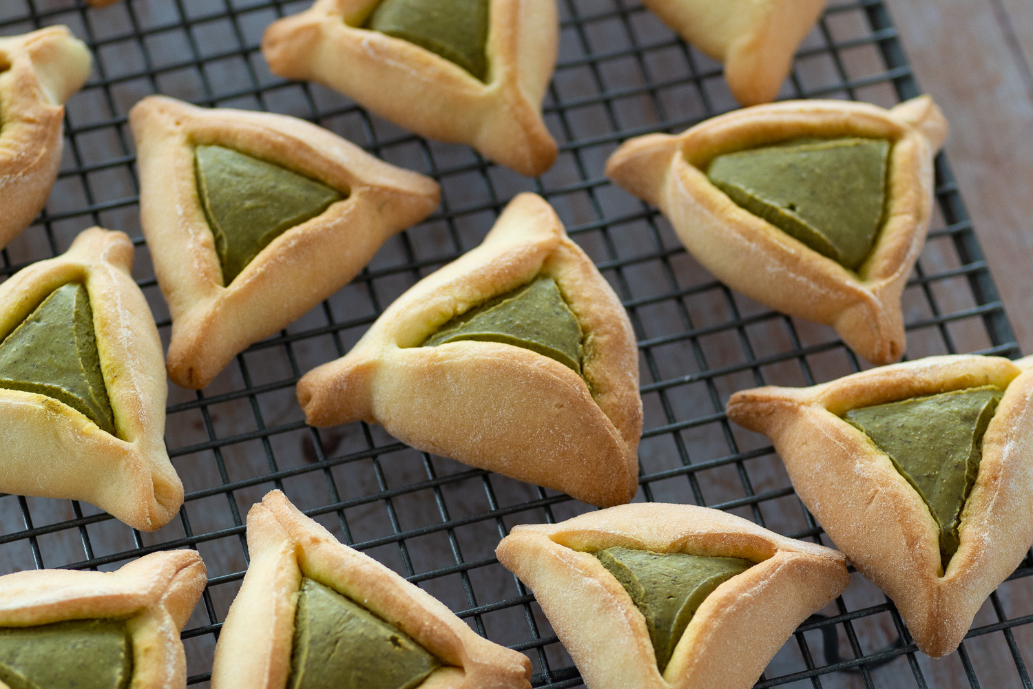 Jewish Hamantaschen Cookies with Pistachio Butter | Mondomulia