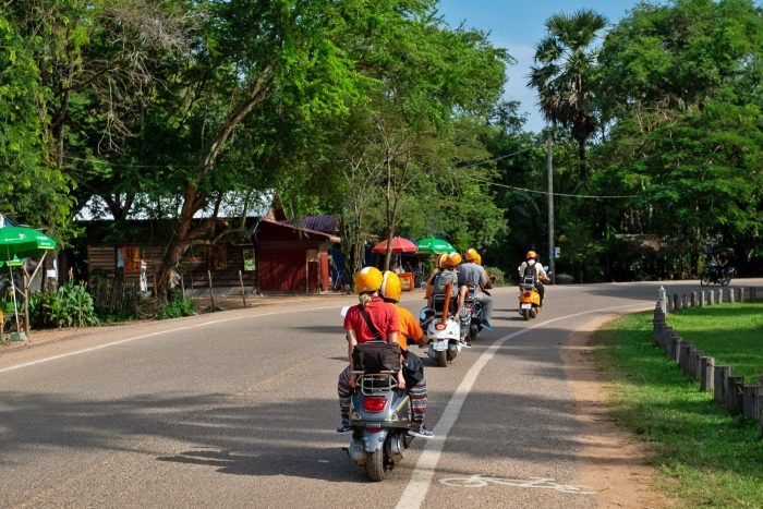 Tour of Angkor Wat archaeological site with Vespa Adventures | Mondomulia