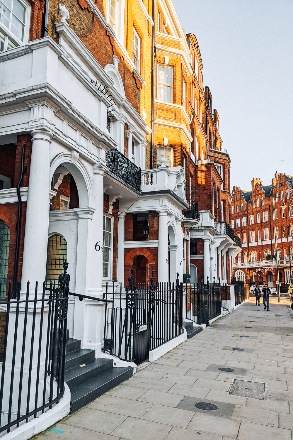 Georgian and Regency architecture in Kensington, London
