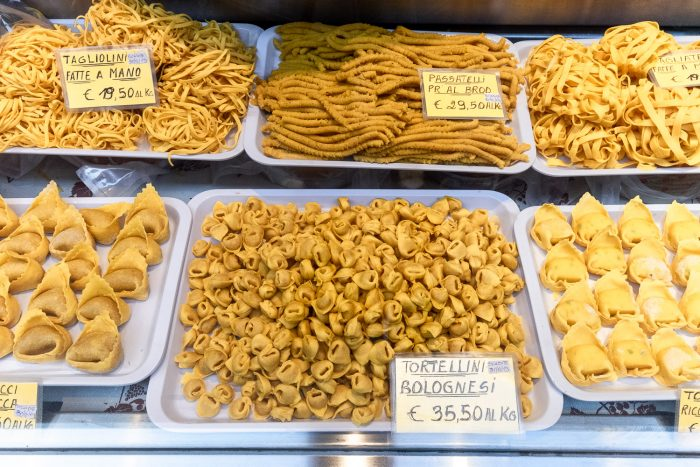 Homemade tortellini, tagliatelle and other pasta shapes in Bologna | Cattedrale di San Pietro a Bologna