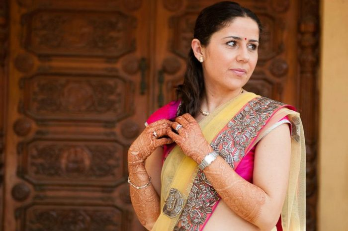 Indian bride at wedding ceremony in Mumbai, India