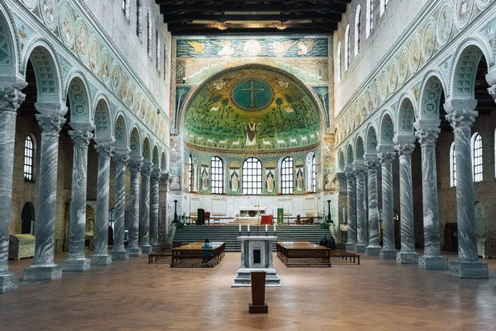 The interiors of Basilica of Sant'Apollinare in Classe in Ravenna | Six Beautiful Towns you Must Visit in Emilia Romagna | Mondomulia