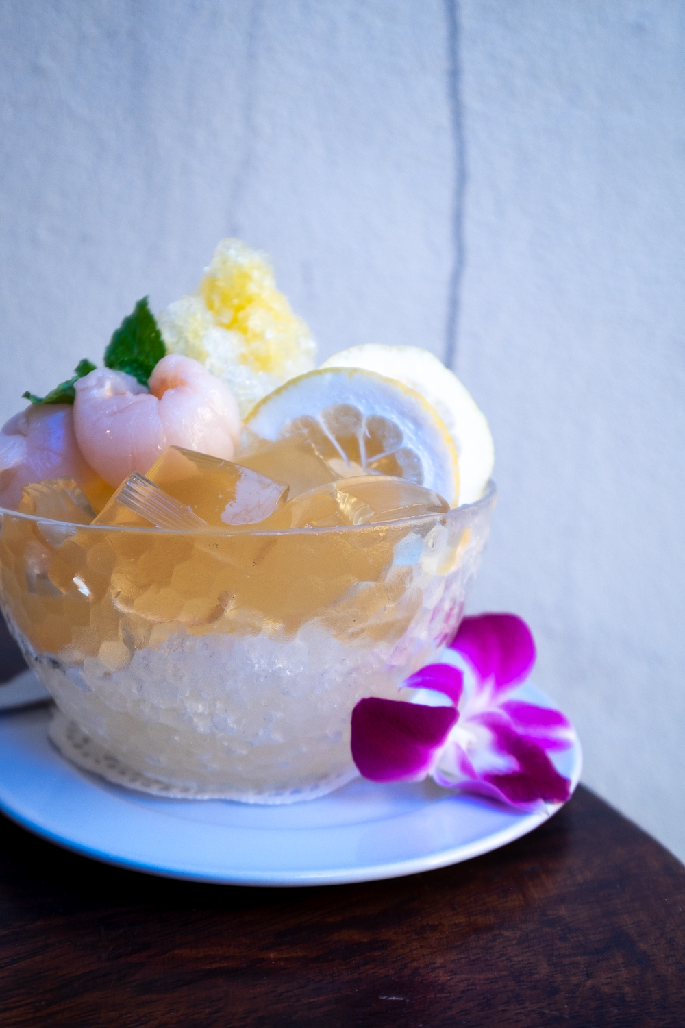Ow ew is a refreshing Thai dessert of jelly served with ice and honey syrup