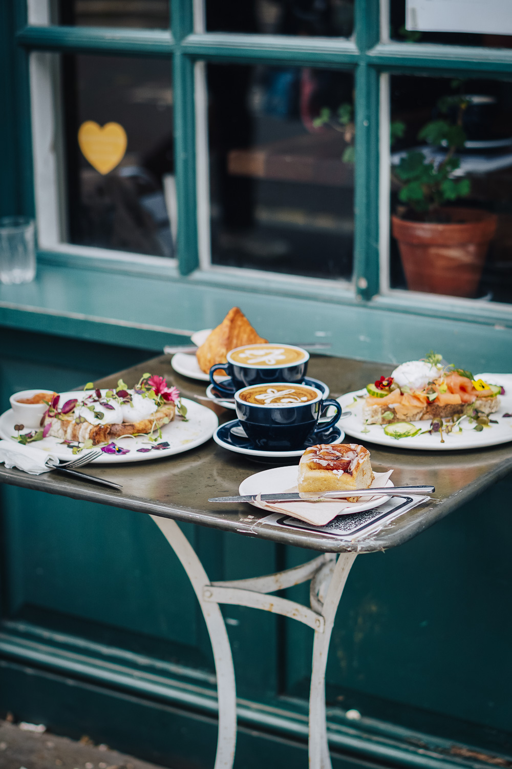 Specialty coffee and brunch at The Gentlemen Baristas in Union Street, South London, UK